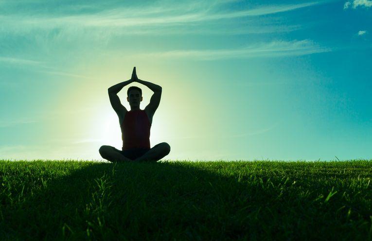 Йога перед сном: вечерний комплекс для начинающих от ...
